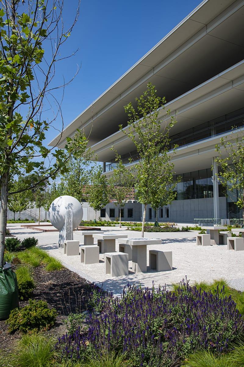 Des Moines Krause Gateway Center, Des Moines, Indiana